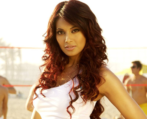 bollywoodvideos.files.wordpress.com/2007/11/bipasha-basu-sexy