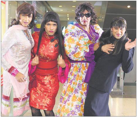 Fotos de hombres vestidos de mujer chistosas